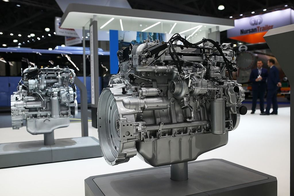 YMZ motor vehicle engine.jpg